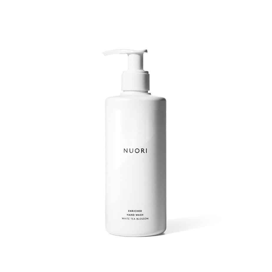 Enriched hand wash Nuori piel seca deshidratada cuerpo