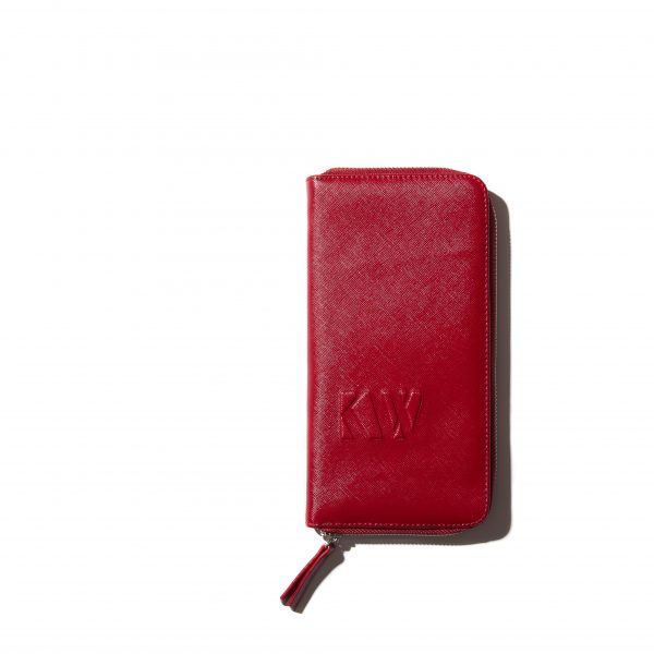 The-beauty-clutch-Kjaer-weis